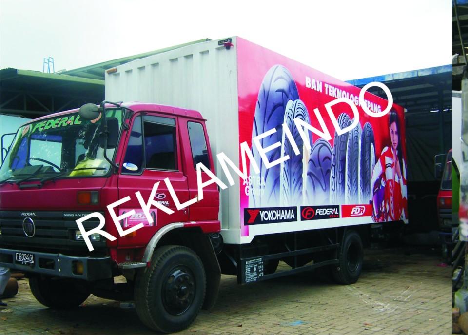branding mobil 3
